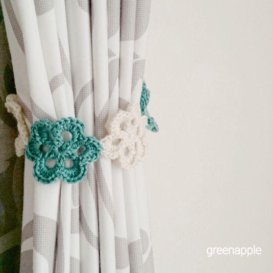 ☆星モチーフの編み編みカーテンタッセル(ブルー×イエロー ... 再販★*お花モチーフの編み編みカーテンタッセル(ブルーグリーンミックス)