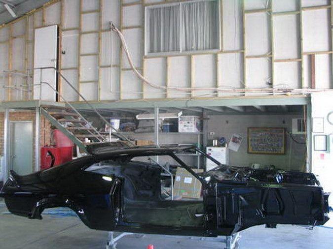 Mad-Max-Ford-Falcon-Coupe-Replica-9