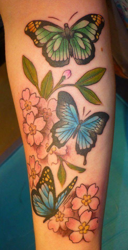 40 Tatuajes de flores de cerezo para chicas