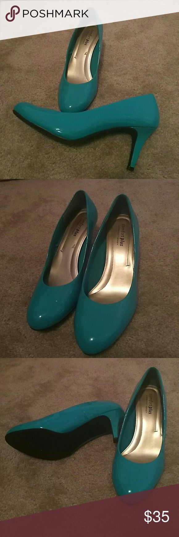 Dressy round toe turquoise heels WIDE Width 12W Reposh because apparently I can't walk in heels unless they're chunky. I tried many times but don't have the balance for it lol. Used but in  great wearable condition. I will clean before shipping them. For wide feet. Open to reasonable offers. comfort plus Shoes Heels