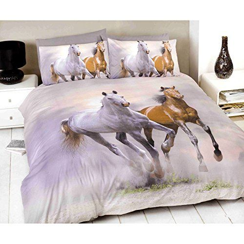 Horse Bedding for Teenage Girls - Find horse themed comforters and duvet covers for teen girls. #horsebedding #teenbedding