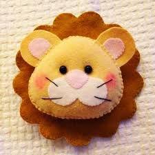 Resultado de imagem para leão de feltro branco