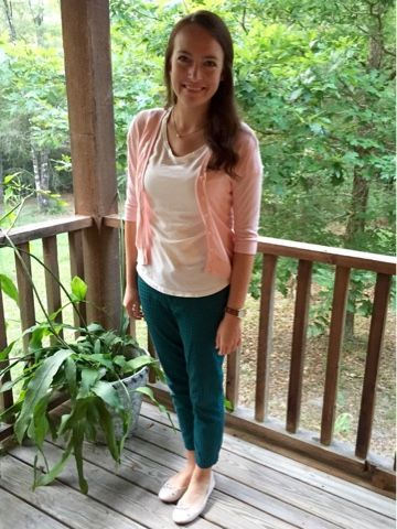 This blog has teacher outfits for every day of the school year!!! | Style…