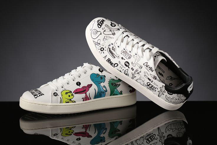 Have Moa fun! Whimsical graphic sneakers for her!