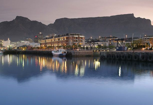 #capegrace #hotel #southafrica #capetown #evening #beauty #luxurytravel