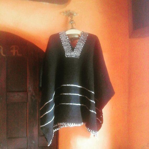 Hand Woven Ruana /100 % Pure Wool / Black & Brown by CasaLunaCo