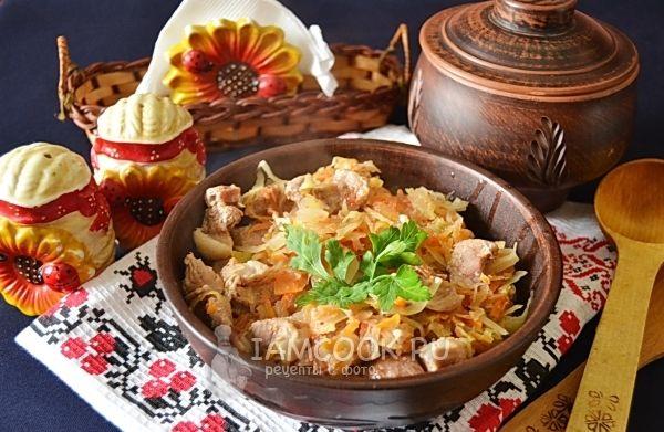 Тушёная квашеная капуста со свининой — рецепт с фото ...
