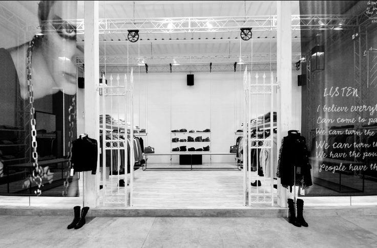 Archivio Dondup | project by Simona Franci Fortebis Group