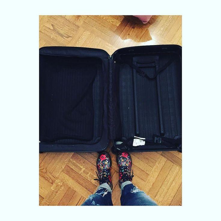 Prima di fare una valigia senza senso ( per giunta di domenica) abbiamo aggiornamenti attendibili sulle temperature di Milano ???  by real_brown