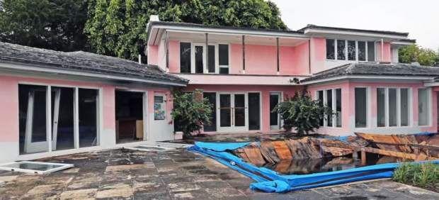 Empresario que compró casa de Pablo Escobar encuentra cajas fuertes