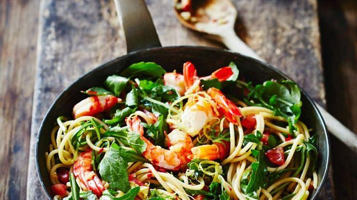 Pasta mit Shrimps und Rucola   http://eatsmarter.de/rezepte/pasta-mit-shrimps-und-rucola