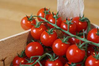 Despre fructe si legume: ROSII CHERRY