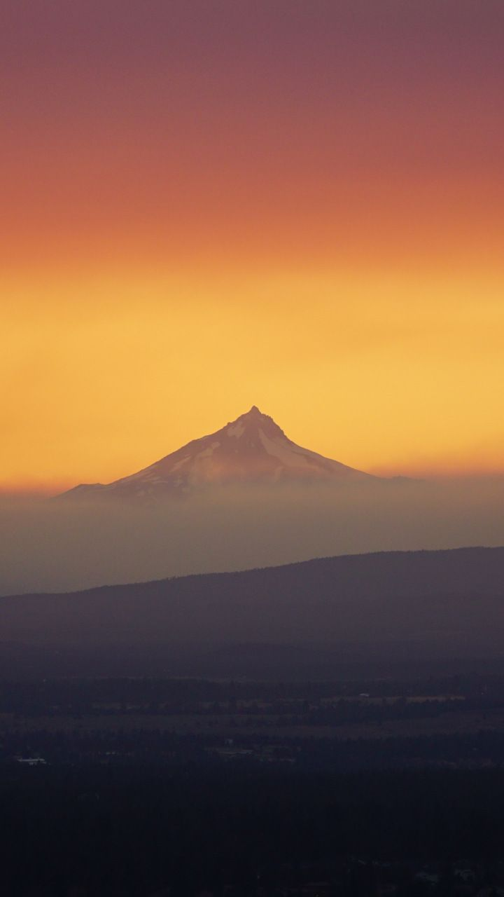 Sunset Horizon Mountains Yellow Skyline 720x1280 Wallpaper