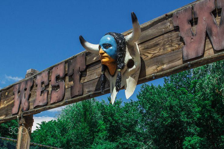 Ворота в аттракцион - Ворота в аттракцион в стиле дикого запада, парк