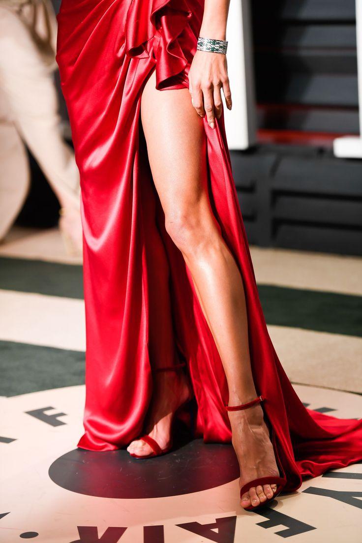 Alessandra Ambrosio's Feet << wikiFeet