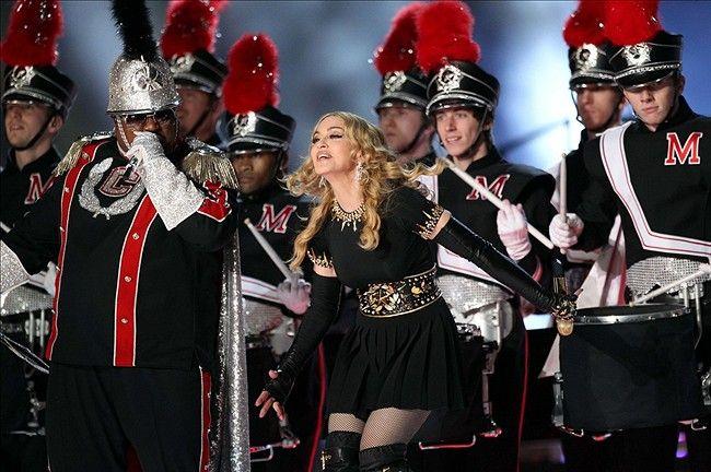 madonna halftime show 2012   Super Bowl XLVI: Madonna Halftime Show Photo Gallery - NFL Spin Zone ...