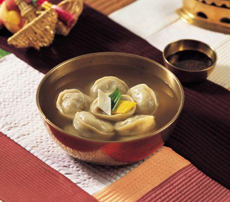 マンドゥクク(韓国餃子スープ)  만둣국