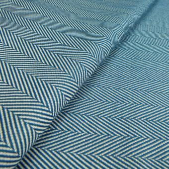 A gorgeous new Lisca featuring the herringbone pattern in an appealing colour   Order now at the DIDYMOS shop.