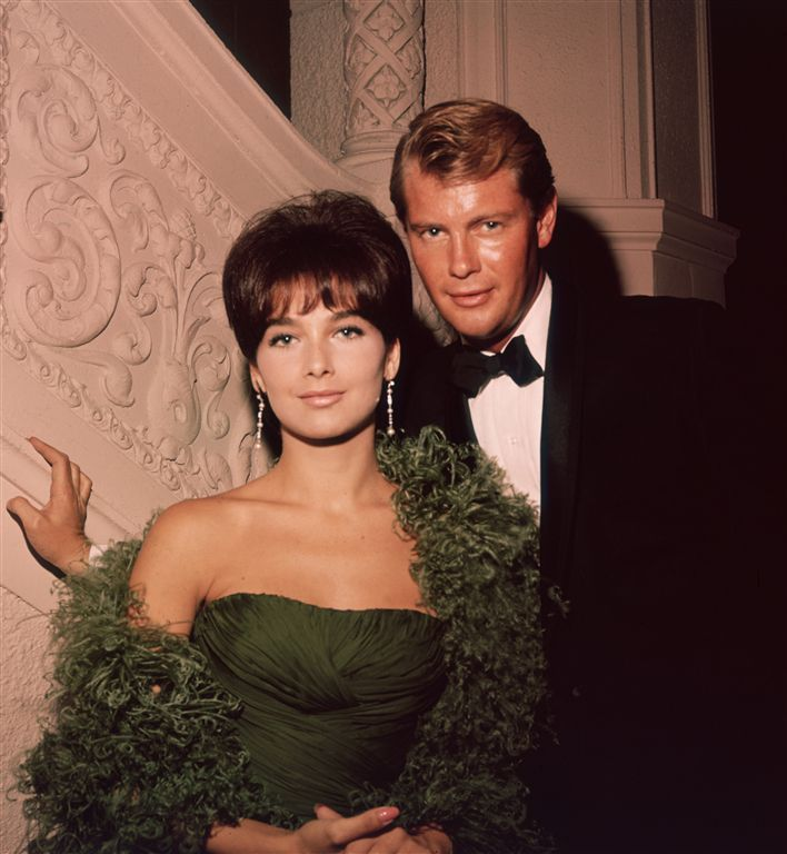 Briefly Married - Suzanne Pleshette & Troy Donahue - gorgeous couple
