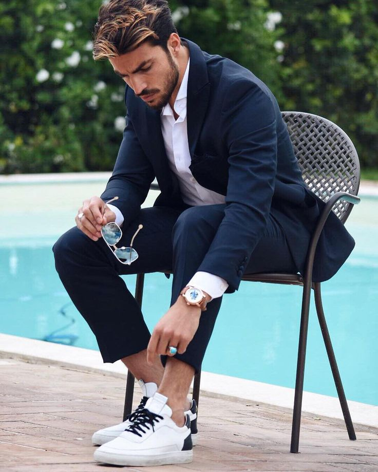 #MarianoDiVaio Mariano Di Vaio: Probably one of my fav combinations when I wear my #MDVshoes sneakers with a tuxedo! Modern-chic and comfy