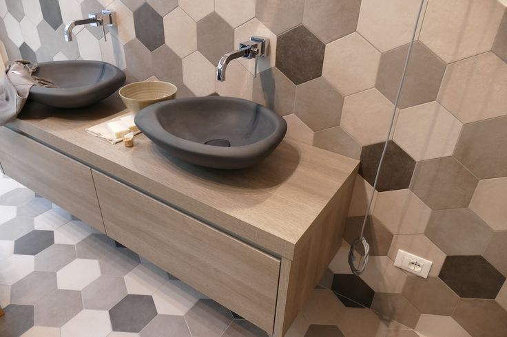 Trends 2016! Hexagonfliesen! #fliesenliebe #trend  http://www.fliesenmax.de/homes-by-x/newsdetails/news/einrichtungstrends-2016-part-1-548.html
