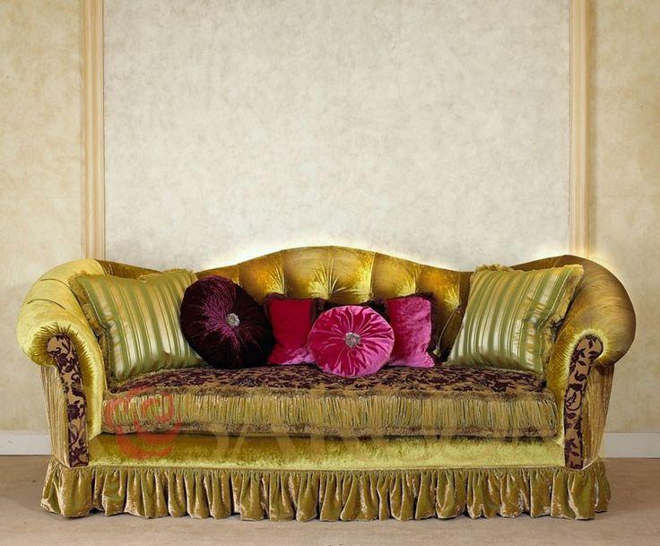 Французская мебель в стиле рококо гостиная фиолетовый бархат честерфилд 3 местный диван