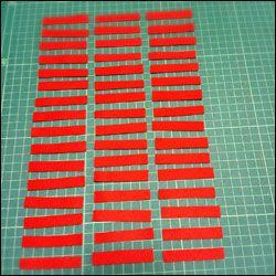 最近話題のフェルトシュシュって知ってる?普通のシュシュとは違い、フェルトでできてるシュシュ!見た目もほっこりでかわいいシュシュが自分で作れちゃう!簡単3ステップのフェルトシュシュの作り方紹介します。