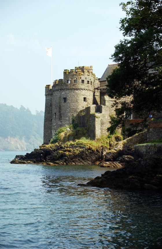 Dartmouth Castle guarding the entrance to the River Dart. The first fortifications were built in the 14th century but the present castle was started in the 15th