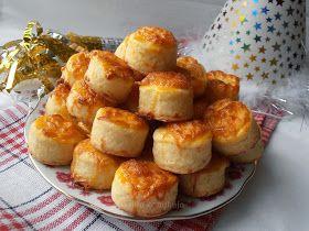 Csilla konyhája, mert enni jó!: Duplán sajtos pogácsa kelesztés nélkül- Békés, boldog új évet kívánok!!
