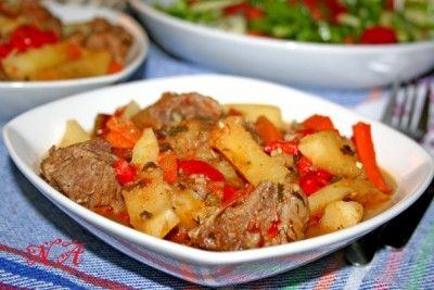 Нарханги-тушеное мясо с овощами( узбекская кухня)