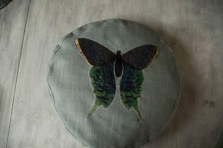 Cojín de Mariposa by BERKANA Shop