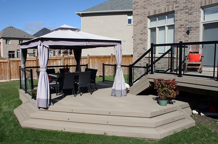 This 2 level composite deck was built in Brampton using Moistureshield decking.