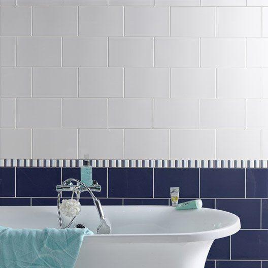 1000 id es sur le th me murs bleu fonc sur pinterest for Faience bleu canard
