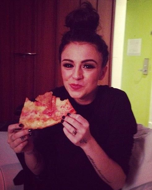 A well-positioned hand on a giant slice of pizza, a la Cher Lloyd, can bring you from the dreaded 10 likes, to the safety of 11.