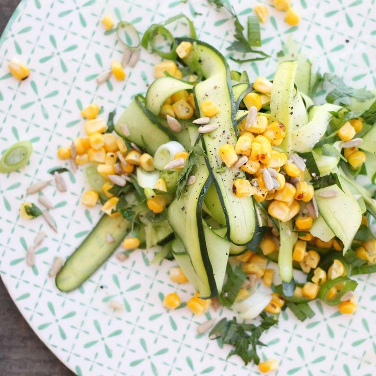 Grilled corn, zucchini and spring onion salad