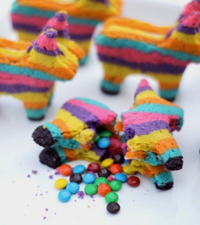 Piñata biscuits with a surprise inside!
