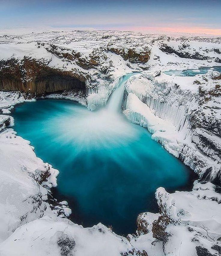 Our friend @iuriebelegurschi visited the highlands of #Iceland to shoot the stunning Aldeyjarfoss waterfall 😍