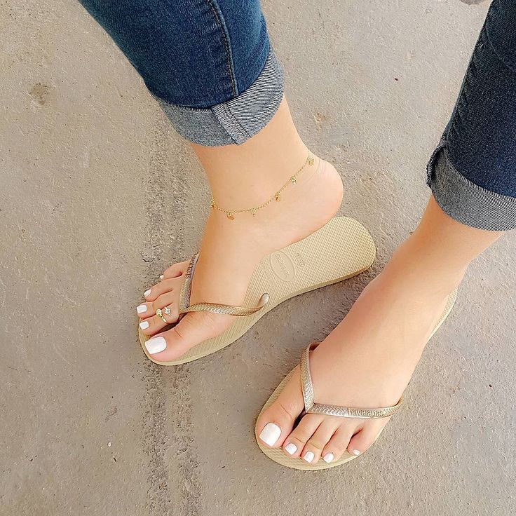 Swipe @lu_feet #feet #footfetishgroup #footfetishnation #footfetishcommunity #footgoddess #footqueen #toes #pes #footmodel #ilovemyfeet #piesitos #instafetish #feetofinstagram #mytoes #myfeet #cutetoes #cutefeet #pies #prettyfeet #prettytoes #teamprettyfeet #beautifulfeet #beautifultoes #longtoes #feetofig #footjob #footfetishgang #pedicure