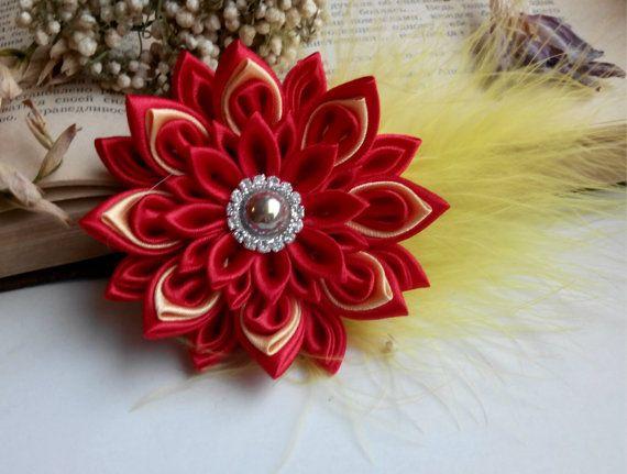 Flores de tela de Kanzashi pelo clip/Kanzashi hflower/pavo real / plumas pelo