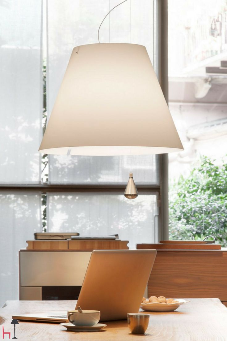 A fascinating suspension lamp by Luceplan, Lady Costanza boasts an exact design, harmonious forms and a functional precision.