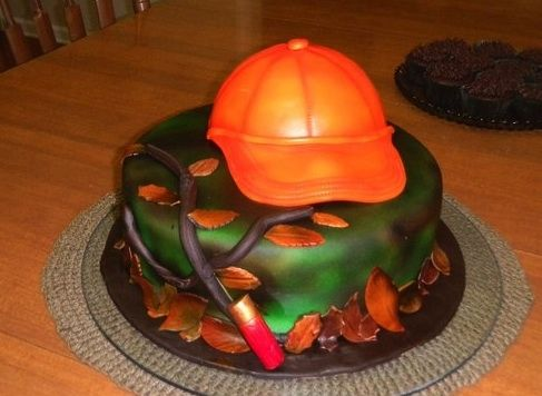 Hunter cake - I made this for my brothers birthday. I was trying out my air brush machine for the first time.