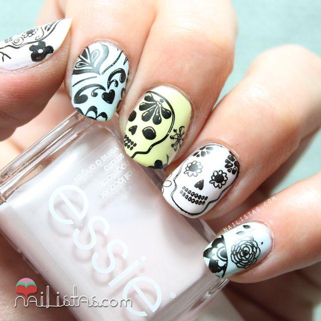 Halloween Nail Art Designs Without Nail Salon Prices: Uñas Decoradas Con Calaveras Y Flores