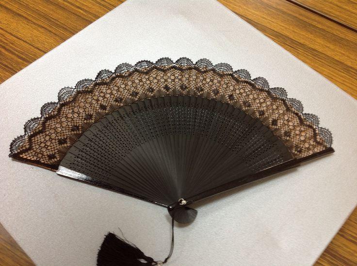 Bobbin lace  / Folding fan