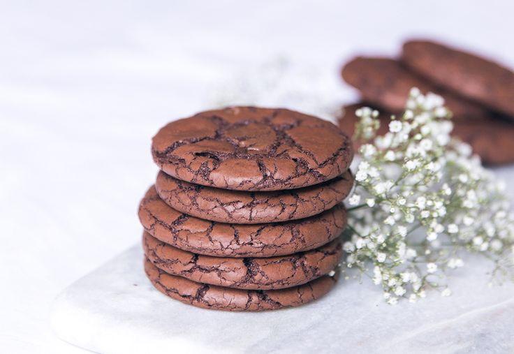 Recette cookies au chocolat moelleux ultra chocolatés facile et rapide 10 minutes - blog cuisine lifestyle dollyjessy Paris