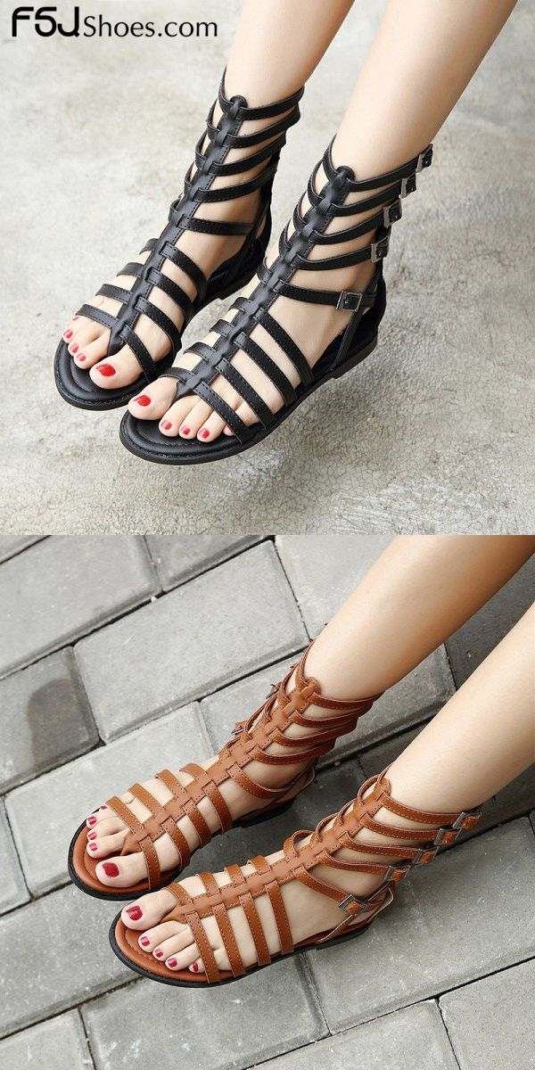 69ae351d6f5 Women s Black Buckle Flat Gladiator Sandals
