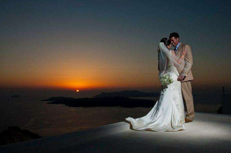 Utterly #romantic_wedding setting in #Santorini!