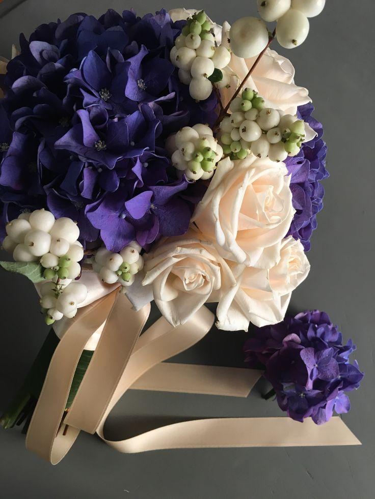 Bouquet da sposa, fiori per bouquet, fiori blu, fiori viola, fiori chiari, fiori per matrimoni, flower, bridal flower, composizioni per matrimoni