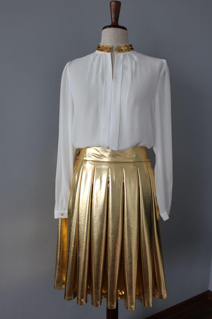 golden skirt  size M /38 midium Fashion Samples hand made