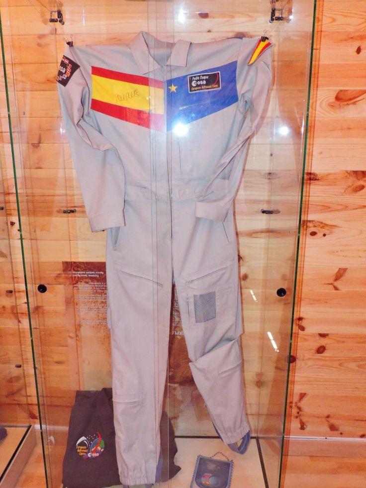 Traje del primer astronauta español, Michael López-Alegría.
