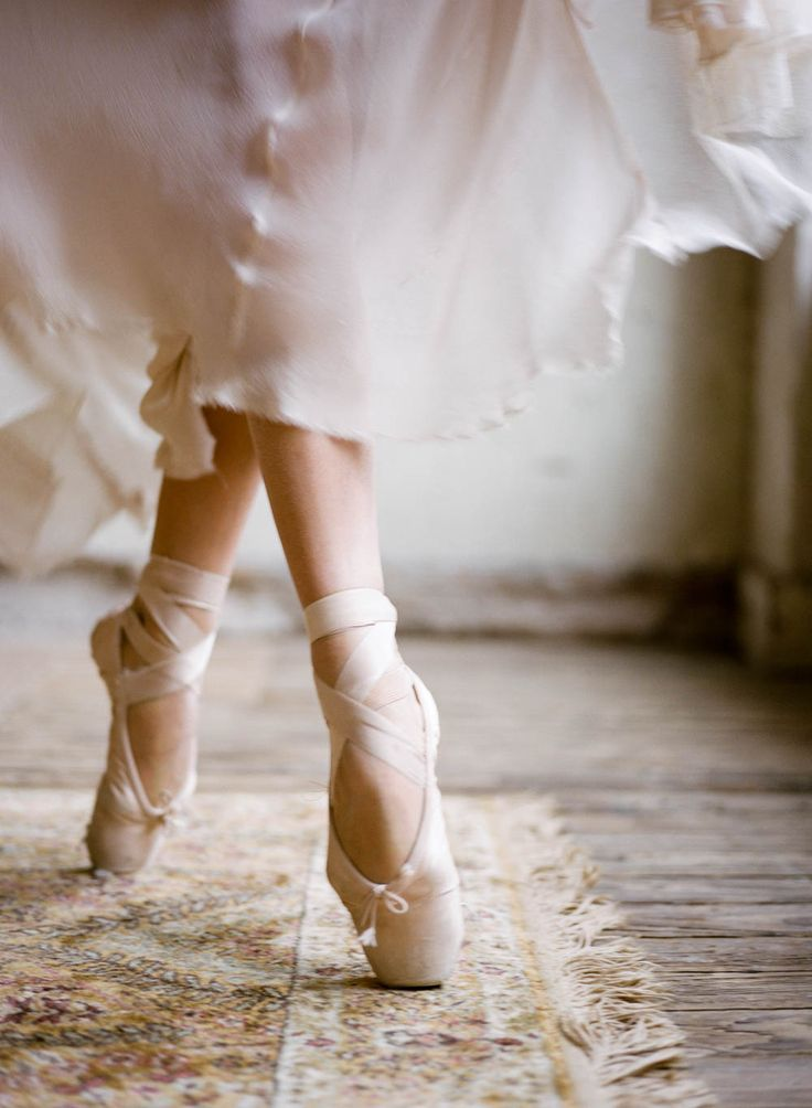 Ballerina inspired wedding ideas | Wedding Sparrow